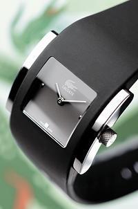 Lacoste Uhren: Sportswear 6350L23 - Trendy beim Sport