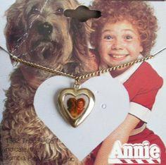 Little ORPHAN ANNIE Gold Tone HEART PENDANT NECKLACE w Enamel Annie ...