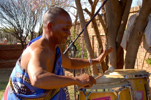 Instruments: Congas , Percussions
