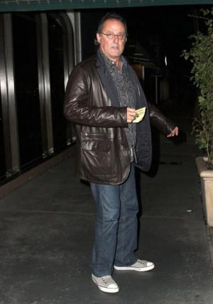 Jean Reno biography