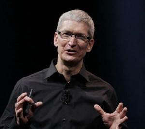 苹果CEO库克出柜:身为同性恋我自豪