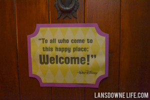 Disney World Magic Kingdom birthday party: Decorations