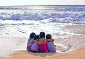friends_at_the_beach_friendship_day_quote.jpg