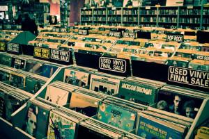 https://sites.google.com/site/micahphotopreview/RecordStore-2.jpg