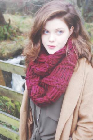 biografi georgie henley henley lahir di west yorkshire uk putri dari ...