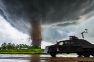 Severe Skies: The Photography of Storm Chaser Mike Hollingshead by ...