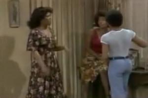 Kim Fields Mom ***BURNS*** Janet Jackson with an Iron!