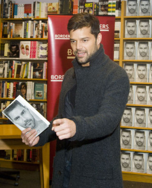 Ricky Martin was photographed at Borders Book Store in the Time Warner ...