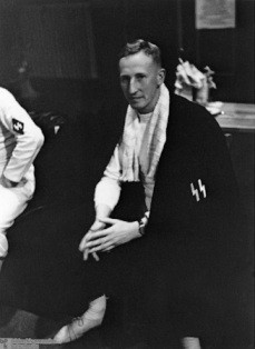 Reinhard Heydrich represents the SS at a Berlin fencing competition