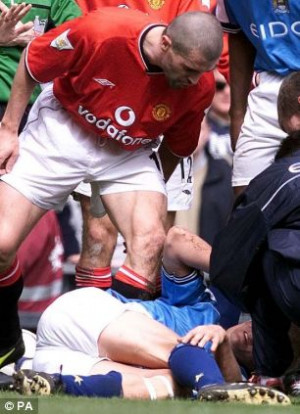 Roy Keane, Manchester United skipper, shouts at Manchester City's ...