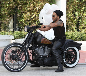 Posted in Lenny Kravitz , Motorcycle | 3 Replies