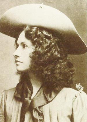 This photo was taken @ 1880 of Annie Oakley 1860 – 1926