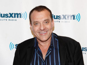Tom Sizemore to write memoir about addiction and recovery