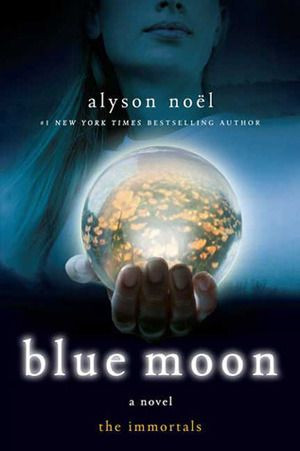 Blue Moon Day: Best Quotes and Whatsapp Messages