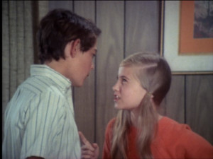 ... of Maureen McCormick and Barry Williams in The Brady Bunch (1969