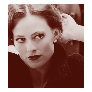 Lara Pulver Irene Adler