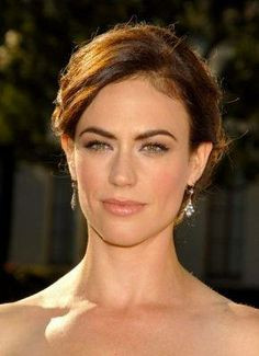 Maggie Siff a.k.a Tara Knowles Teller from SOA. Stunning! Wedding ...