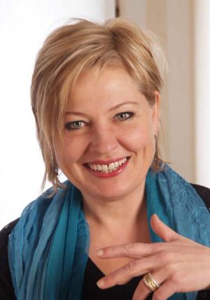 Patricia Kaas Credits