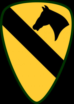 Description 1st Cavalry Division - Shoulder Sleeve Insignia.svg