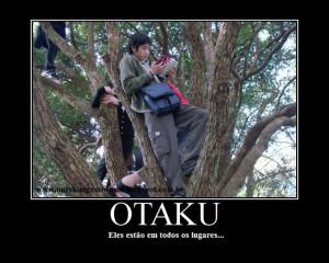 É pra fugir da sociedade ingênua, os otakus se 'escondem'... xD