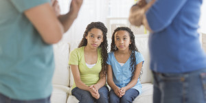 KID-DIVORCED-PARENTS-facebook.jpg