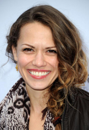 Exclusive: Bethany Joy Lenz Moves In On Dexter !