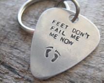 Feet Don't Fail Me Now... Guita r Pick Key Chain - Inspirationa ...