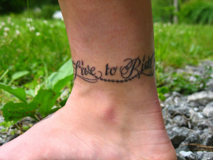 This ankle tattoo motivates the girl to take concrete and confident ...
