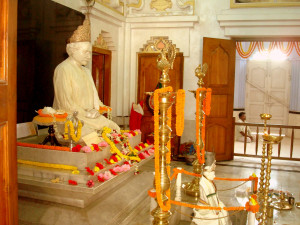 Inside Yogiraj Sri Shyama Charan Lahiri Mahasaya temple in Kakdwip ...