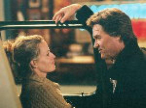 Elisabeth Shue and Kurt Russell in