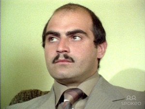 David Suchet in an early role as Kivas in the TV series 39 The