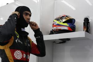 2014-02-28_0012 - Lotus F1 Team - Bahrain - Pastor Maldonado