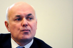 MP demands Iain Duncan Smith's resignation over 'fake quotes' in DWP ...