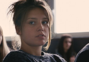 Still of Adèle Exarchopoulos in Blue Is the Warmest Color (2013)