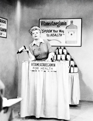 Love Lucy - Lucille Ball Does a TV Commercial, 1952. ☚