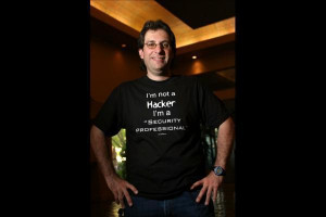 Kevin Mitnick Picture Slideshow