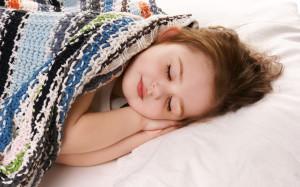 Wallpaper: girl sleep in blanket
