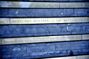 Irish Hunger Memorial: Inscription wall with statistics and quotes