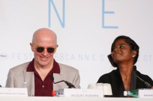Jacques Audiard and Kalieaswari Srinivasan at event of Dheepan (2015)
