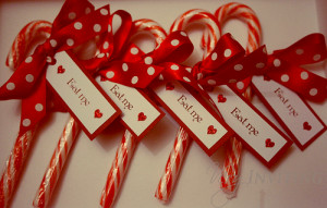 Candy cane name tags
