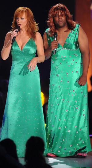 Reba McEntire & Kenan Thompson Face Off