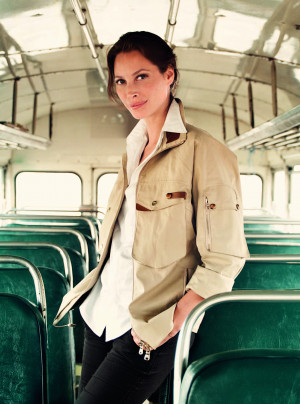 Photos and Quotes of Christy Turlington on Vogue August 2009 Cover