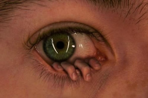 ... Photoshop Art » creepy-eye-fingers-green-hand-scary-Favim.com-73041