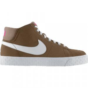 Nike Skateboard Blazer Mid...