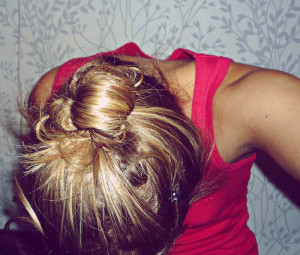 Fashion Girl Hair Style...