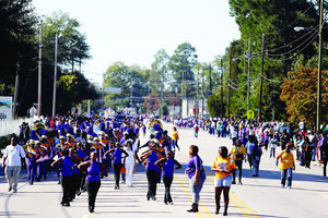 Homecoming parade, other festivities are a family reunion for Wilson ...