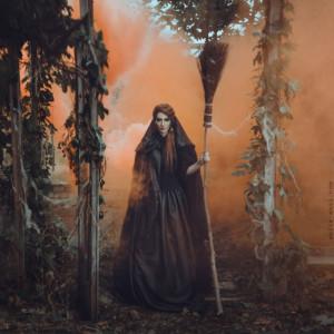 Anita Anti, a Ukrainian photographer based in New York, takes magical ...