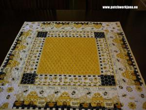 Tablecloth Honey BeeTablecloth Honey, Honey Bees