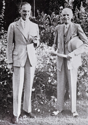 Sir Stafford Cripps with Quaid-e-Azam in 1946