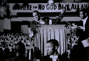 Malcolm X collecting money for the Black Muslims, Washington D.C. 1960